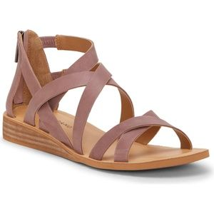 Helenka Strappy Sandal super Comfy Cushioned